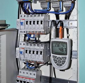 Převodník - AHLBORN ALMEMO 2450-1R02 s LCD-displejem