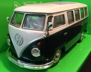 Welly 1:24 VW 1962 Classical Bus (dark green) s logem AHLBORN - 1